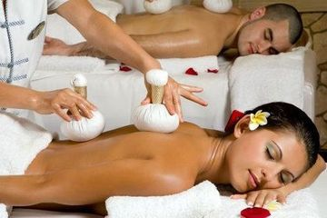 Hot Herbal & Body Massage